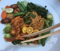 Asian food is perfect to eat with The Tines j'adore ! Tom is brilliant inventor @swipstix @littledeerhome merci encore Tom et Sharon bisous . Chicken caramélisé with Ginger Pink Lemon Kumquat Cinnamon Sweet Paprika  Snap Peas Brussels Sprouts Zucchini Sweet Baby Broccoli Rainbow Carrots Organic Buckwheat Soba #luchiacookbook is available on Amazon.com  in English and Spanish #luchiachia #cookbook #culinary #culinaryschool #chef #cheflife #cheflife #chefconsultant #chefsofinstagram #truecooks…