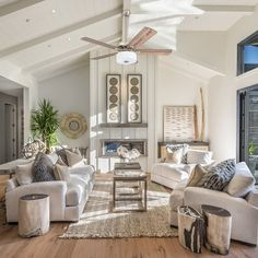 Decor Home Living Room, Home And Living, Living Room Designs, Bedroom Decor, Home Decor, Modern Living, Wall Decor, Wall Art, Farmhouse Furniture