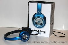 Cool Headphones for the Homeschool - LynnaeMcCoy.com
