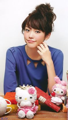 Mirei Kiritani [桐谷 美玲] with SANRIO characters.....(^o^)