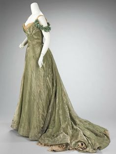 1900 Ball Gowns | Ball Gown (1898-1900) - Jacques Doucet