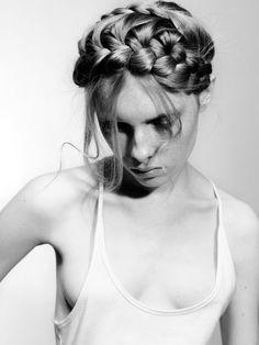 Fashion Braids #braids #braidstyles #braidstylist #stylist #hairstylist #hairstyle #hairstylist #braids #fashion #colouredbraids #colouredhair #hairinspo #mermaidhair #unicorn #color #haircolor #love2Braid
