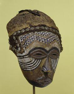 Female Face Mask (ngady mwaash). Kuba of DRC.