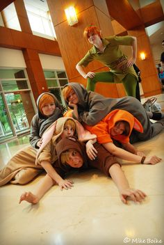Peterpan and the Lost Boys - Disney Cosplay Photos