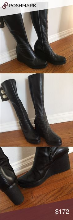 ROBERT CLERGERIE boots⚜️ Softest leather and comfy. The very tips of toes need some love otherwise great boots!! His shoes are my fav!!!❤️⚜️❤️⚜️ robert clergerie Shoes Heeled Boots