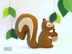 Felt Squirrel PDF Pattern Use for baby mobile par MaisieMooNZ