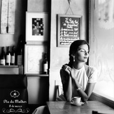 Parabéns às mulheres que são sonhadoras, guerreiras, sensíveis, amáveis, criativas, que são empreendedoras e competentes, meigas, fortes e que sabem viver intensamente com amor e alegria. Feliz 365 dias! Feliz 8 de março! #diadamulher #mulher #cafe #coffee