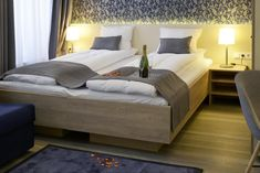 Located 350 metres from Oslo Central Station, this hotel features a lobby bar and free WiFi. Guests can choose from studio and guest rooms.