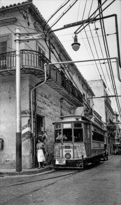 Habana, Cuba, 1933 -Lo antiguos tranvias de la Habana