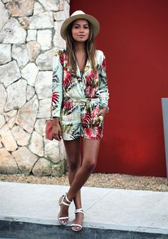 Love this tropical look from Sincerly Jules