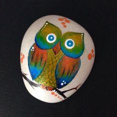 Roche de peint Pierre chouette décoration peinte à la main chalet hibou Art hibou caillou