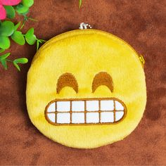 New Hot QQ Expression Coin Purses Cute Emoji Coin Bag Plush Pendant High Quality Free Shipping Coin Wallet, Coin Bag, Smileys, Childrens Purses, Candy Pictures, Kawaii Bags, Cute Emoji, Purse Holder, Smile Face