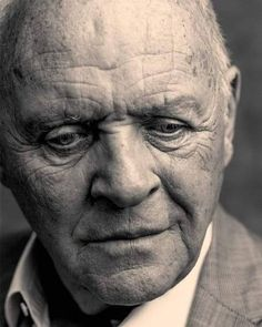 Gorgeous Waist Tutorials From Home Famous Portraits, Celebrity Portraits, Celebrity News, Letting People Go, Sir Anthony Hopkins, Portrait Photography Men, Old Faces, Foto Art, Hollywood Actor
