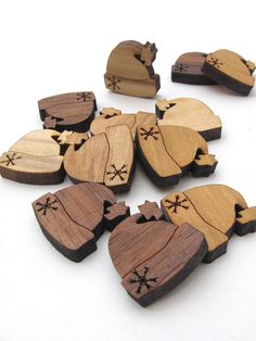 Winter Hat Christmas Holiday Charms - Itsies - Laser Cut Wood - Free Shipping . Timber Green Woods Sustainable Wood Products