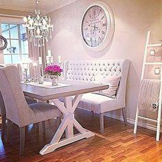 90 Amazing Small Dining Room Decor Ideas - Home Dining Room Design, Dining Room Table, Dining Area, Dining Rooms, Dining Decor, Settee Dining, Banquette Dining, Dining Room Bench Seating, Shabby Chic Dining Room