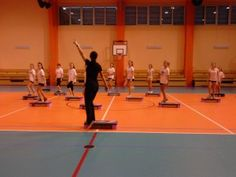 """Jak przeprowadzić """"odwróconą lekcję"""" na lekcjach WF? Inspiracje znajdziecie w Zespole Szkół w Zbiersku. http://blogiceo.nq.pl/zszbiersk"""