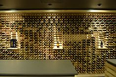 """""""Busy"""" but cool looking nonetheless . . . Intersybarite Gourmet Store / Arquitectura Sistémica"""