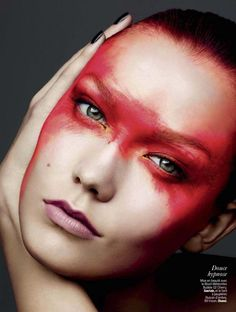 Karlie Kloss Gets Painted for Ben Hassett in LExpress Styles Shoot