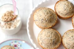 chia muffins Add protein powder  Serving Size: 1 muffin • Calories: 116 • Fat: 1.3 g • Carbs: 19.7 g • Fiber: 2.5 g • Protein: 4.3 g