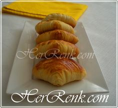 Midye Börek-Midye poğaça,altın günü,kabul günü,ikramları,hamur işi tarifleri,popüler,en beğenilen,tarifler,mayalı poğaça tarifi,el açması,elde açma,herrenk mutfağı, her renk,börek tarifleri,pastry,puf böreği,istiridye poğaça,milföy,clam-shaped pastry,en güzel hamur işi tarifleri resimli,