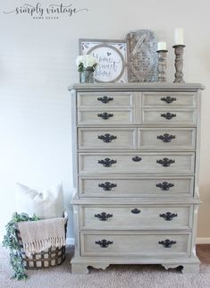 Learn how to get a weathered wood look by simply layering and blending chalk paint. Give your furniture a rustic, farmhouse makeover in just a few simple steps. Bedroom Furniture Makeover, Painted Bedroom Furniture, Shabby Chic Furniture, Rustic Furniture, Cool Furniture, Furniture Stores, Furniture Movers, Antique Furniture, Furniture Removal