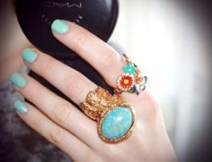 I am such a ring lover... The biger the better and I love this color combo