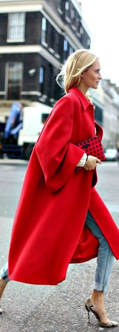 Bright red coat - Winter street style