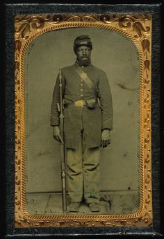 A photograph of an African-American Civil War soldier from the Chicago History Museum's collection.