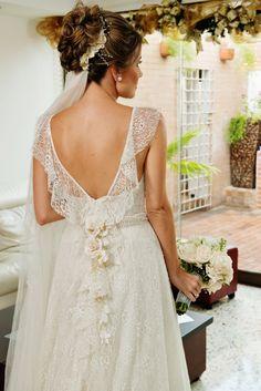 Francesca Miranda Bridal Couture 2013 - Bride: Adriana Mejía (2)