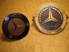 RARE-VINTAGE-MERCEDES-BENZ-GRILL-BADGES-EMBLEMS