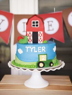 """Clever Barnyard Birthday Party with """"Git Your Gear"""" prop station, cow and pig cake pops set in mini hay bales, """"Dig In"""" food table banner & cherry popcorn. Farm Birthday Cakes, Birthday Party Tables, Happy 2nd Birthday, First Birthday Parties, Birthday Party Decorations, First Birthdays, Birthday Ideas, Barnyard Decorations, Country Birthday"""