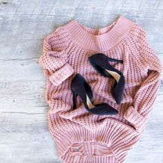 - Details - Size Guide - Model Stats - Contact Things will start looking up once you've got this Looking Up Off The Shoulder Sweater! Featuring a dusty mauve-colored, open cable-knit fabric with stret