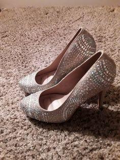 fbd9b6adb793 De Blossom Collection sz 7 1 2 Jeweled Sparkle High Heel Shoes Women s  Pumps