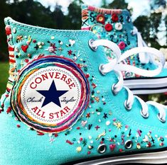 Embroidered Turquoise Converse Swag🦋📿 Sports shoes doesn't have to be boring! taking basic Converse shoes to a cool chic… Diy Broderie, Style Boho, Accesorios Casual, Aesthetic Shoes, Embroidery Art, Diy Embroidery Shoes, Painted Shoes, Dream Shoes, Hand Embroidery
