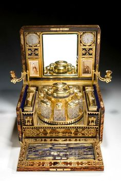 Traveling vanity c. late 1800's
