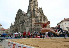 Athlete, Louvre, Street, Building, Travel, Viajes, Buildings, Destinations, Traveling