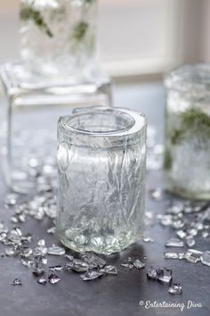 Winter Wonderland Decor: DIY Faux Ice Candle Holders - Entertaining Diva @ From House To Home Mason Jar Candle Holders, Mason Jar Gifts, Mason Jar Candles, Mason Jar Diy, Home Candles, Diy Candles, Scented Candles, Winter Wonderland Decorations, Homemade Candles