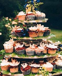 nice alternative to cakes.....make in woodsy/floral theme