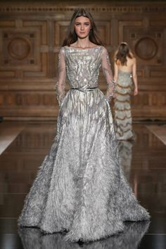 Tony Ward Couture Fall Winter I Style 17 Couture Dresses, Fashion Dresses, Emo Fashion, African Traditional Dresses, Tony Ward, Couture Fashion, Couture Style, Beautiful Gowns, Dream Dress
