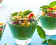 Gaspacho aux jeunes pousses d'épinards : http://www.fourchette-et-bikini.fr/recettes/recettes-minceur/gaspacho-aux-jeunes-pousses-depinards.html