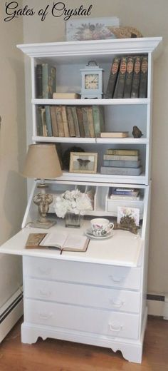 The Brilliant Hack for Turning a Dated Desk into a French Secretary http://www.hometalk.com/15860929/from-dated-desk-to-french-secretary?se=fol_new-20160626-1&date=20160626&slg=a1f6919a483b34a6177432a666a2eca1-1110481