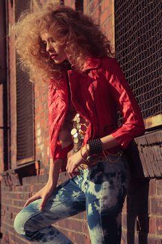 Urban Groove | Anna Maria | Sebastian Cviq #photography | Confashion Magazine # 1 / 2012