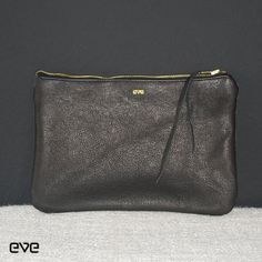 EVE Clutch Medium | THIS IS EVE