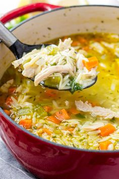 This easy vegetable turkey orzo soup uses leftover Thanksgiving turkey. It's easy, delicious, and made in one pot Thanksgiving Mac And Cheese, Thanksgiving Turkey, Vegetable Soup Recipes, Chicken Recipes, Sundried Tomato Pesto, Orzo Soup, Wild Rice Soup, Turkey Soup, Leftover Turkey Recipes