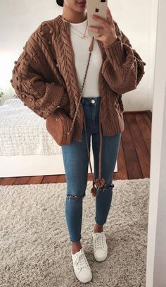 41 The Best Work Winter Outfits Ideas That Make you More Cool in 2019 - Outfits - Winter Mode Fashion Mode, Look Fashion, Womens Fashion, Feminine Fashion, Fashion Wear, Fashion Trends, Teen Fashion, Junior Fashion, Fashion Dresses