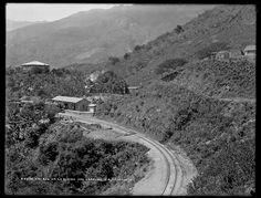 Fotografía narrativa: 15 fotos centenarias de Venezuela en la Biblioteca del Congreso Vías del ferrocarril Caracas—La Guaira, 1900-1906.