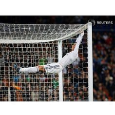 Real Madrid's Cristiano Ronaldo reacts after a missed scoring opportunity against Osasuna during their Spanish King's Cup match at Santiago Bernabeu stadium in Madrid January 9, 2014. REUTERS/Susana Vera #sport #ronaldo #realmadrid #soccer #spain #funny #Madrid #picoftheday