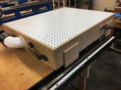 How to Build a Down Draft Sanding Table - - Workshop Storage, Workshop Organization, Home Workshop, Woodworking Workshop, Woodworking Projects Diy, Woodworking Jigs, Lumber Storage, Tool Storage, Downdraft Table