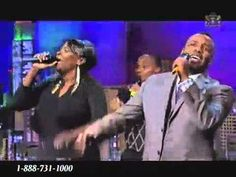 VaShawn Mitchell on TBN 9 17 10 Chasing after you - YouTube
