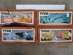 TYCO NOS TRAIN CARS HO SCALE BOSTON & ME DURANGO SANTA FE PIPE CAR UNION PACIFIC